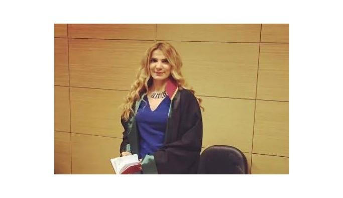 Av. Fatma Dilşad Yelken 'İş hayatında güçlü kadın sosyal hayatta da kendine güven güçlü kadın kimliğini yarattığını düşünüyorum.'
