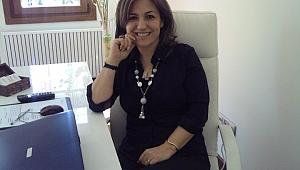 Nur Eğilmez 'Kadın sosyal hayatta aile ve toplum arasındaki bağdır.'