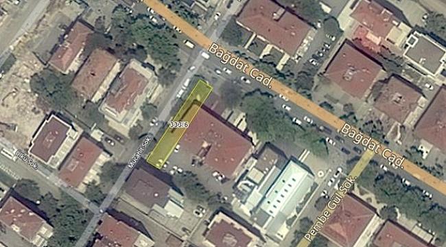 İstanbul Defterdarlığı'ndan Kadıköy'de Satılık Apartman ve Arsa