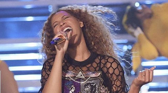 Coachella'dan Beyoncé Geçti
