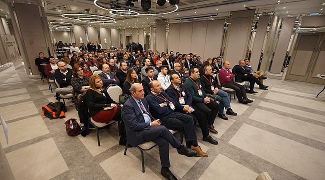 Ankaralı konut üreticilerinden 'Dijital pazarlama' seminerine yoğun ilgi