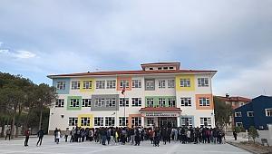 Okullardan Yarınlara' programında bağışçı olan Akfen İnşaat, Hasan Akın Anadolu Lisesi'ni tamamlayarak Türk Milli Eğitimi'nin hizmetine sundu